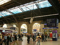 Victoria Station Concourse.jpg
