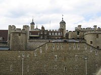 The-Tower-of-London-2004.jpg